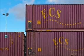 containers ecs in Port