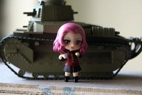 Tank and girl pink hair toy