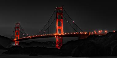 Golden Gate Bridge red light