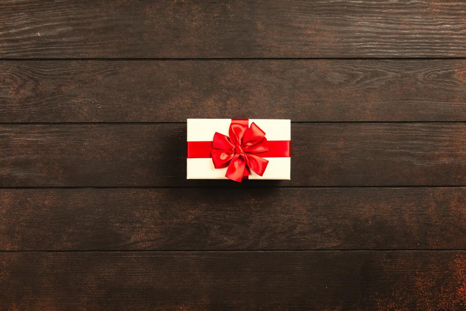 Gift Box Christmas red white