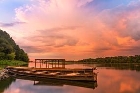 Wisla Sunset Boat red pink sky