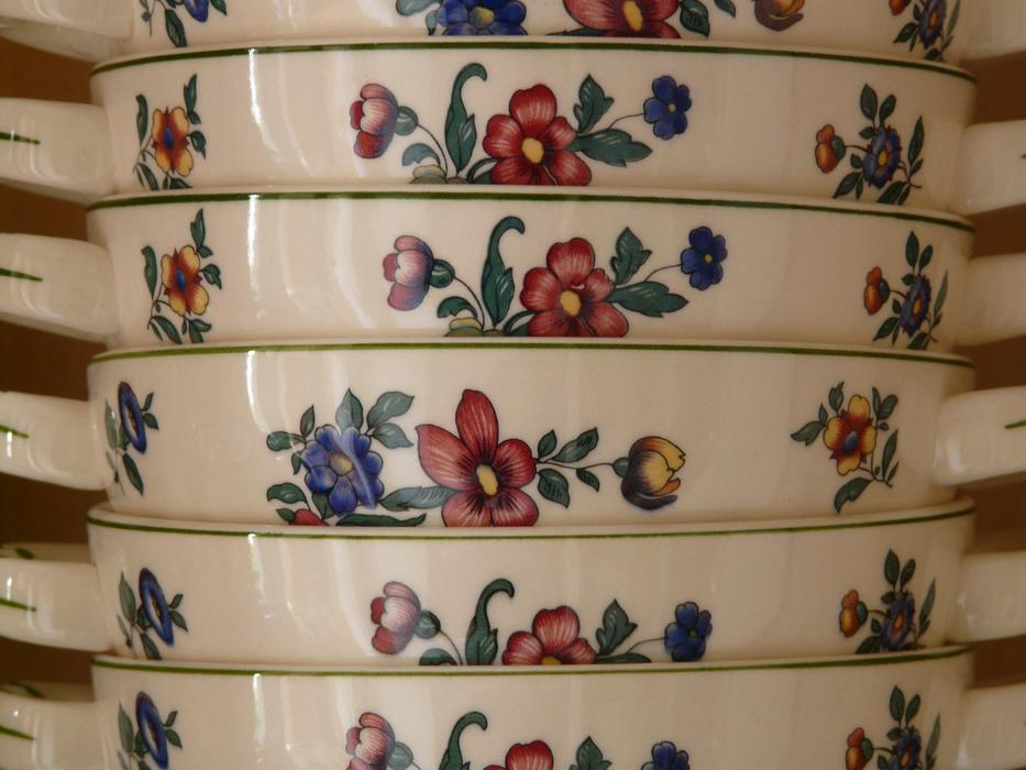 perfect Porcelain Bowl Henkel