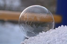Soap Bubble Freeze Frozen ice drawing