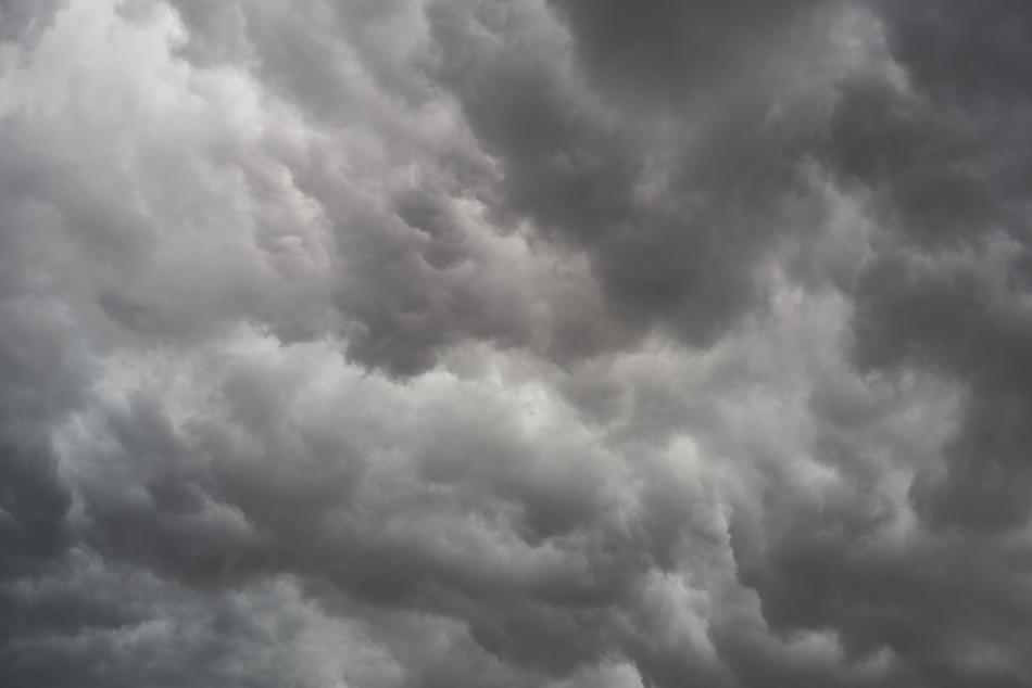 photo of gray storm clouds