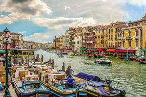 unusually beautiful Venice Grand Canal