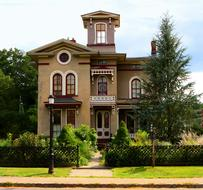 House Victorian Architecture and garden