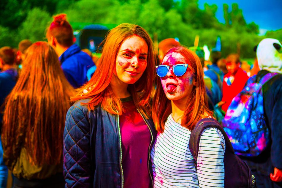 Festival Of Colors Holly girls