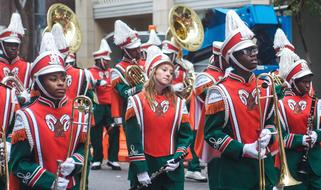 parade street band in New Orleans